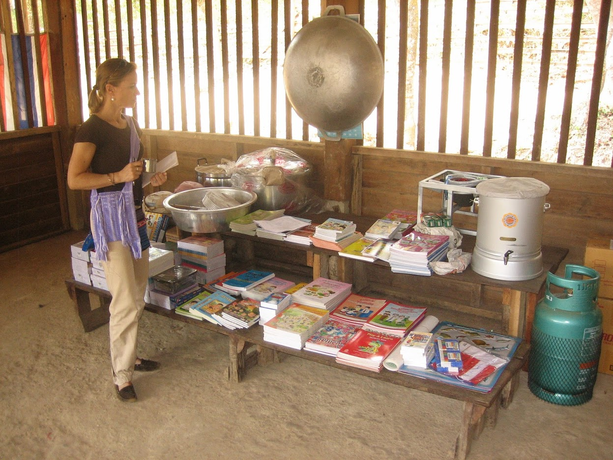 Fournitures scolaires - Umphang (249)